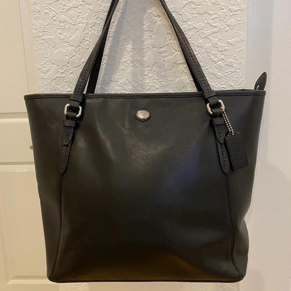 Coach Handbags - Coach Peyton Leather Top Zip Tote *EUC*